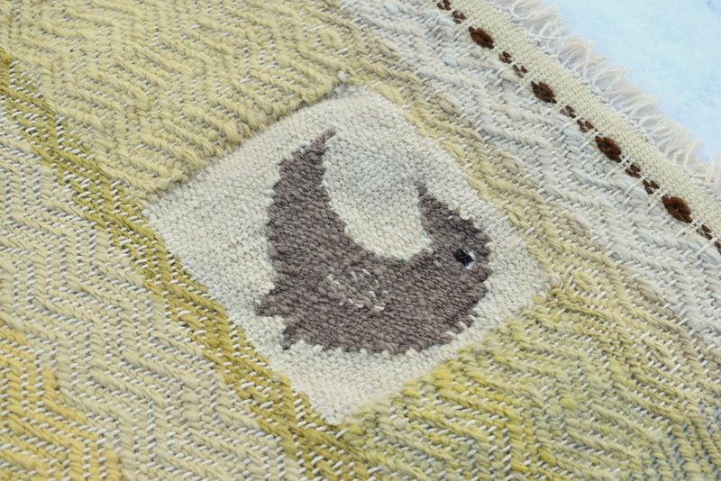 Ručně tkaný vlněný koberec